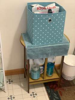 laundry room cleanup and redecorating project